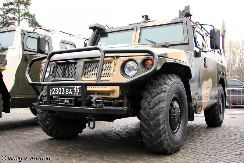 Командно-штабная машина Р-145 БМА (R-145 BMA command vehicle)