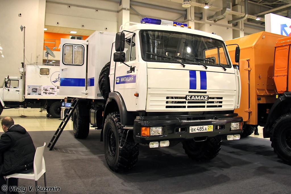 Автомобиль специальный 4326-АЗ на шасси КАМАЗ-4326-15 для перевозки лиц, заключенных под стражу. (Special vehicle 4326-AZ on KAMAZ-4326-15 chassis for prisoners transportation)