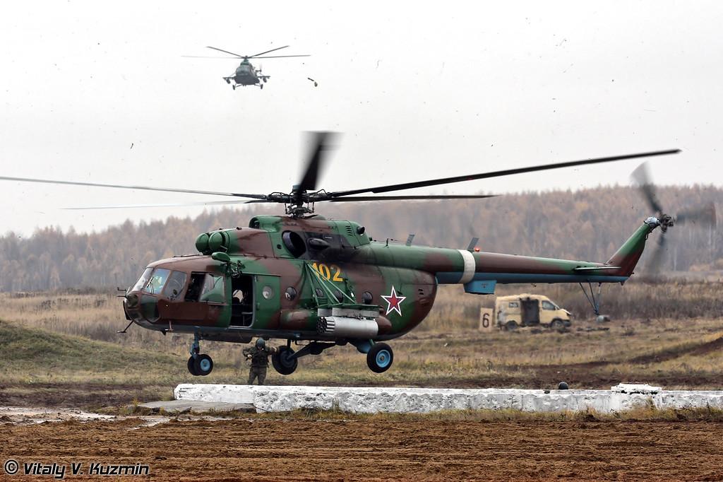 Десантирование штурмовой группы с Ми-8 (Assault group landing from Mi-8)
