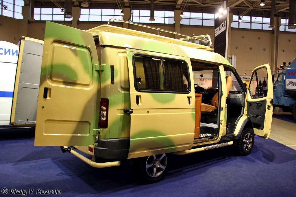 Автомобиль повышенной проходимости на базе ГАЗ-27527 Соболь (GAZ-27527 Sobol in all-terrain variant)