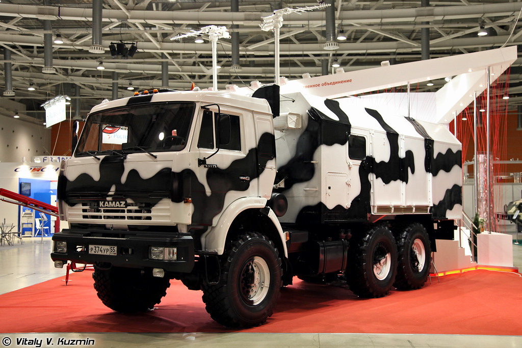 Машина управления для БПЛА на базе КАМАЗ-43114 (UAVs control vehicle on KAMAZ-43114 base)