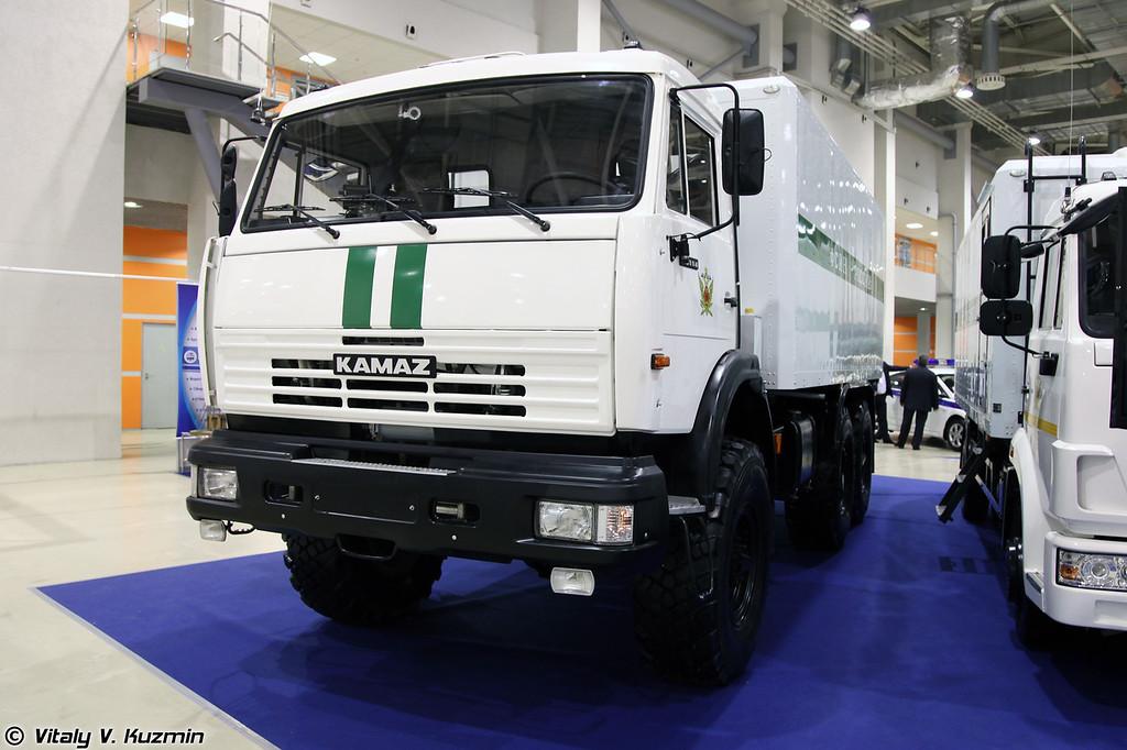 Автомобиль для перевозки заключённых на базе КАМАЗ-43114 (Prisoner transport vehicle on KAMAZ-43114 base)