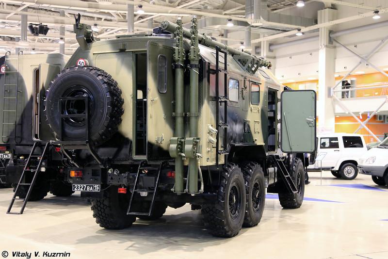 Комплексная аппаратная связи П-144МСН Малолеток (Signal vehicle P-144MSN Maloletok)