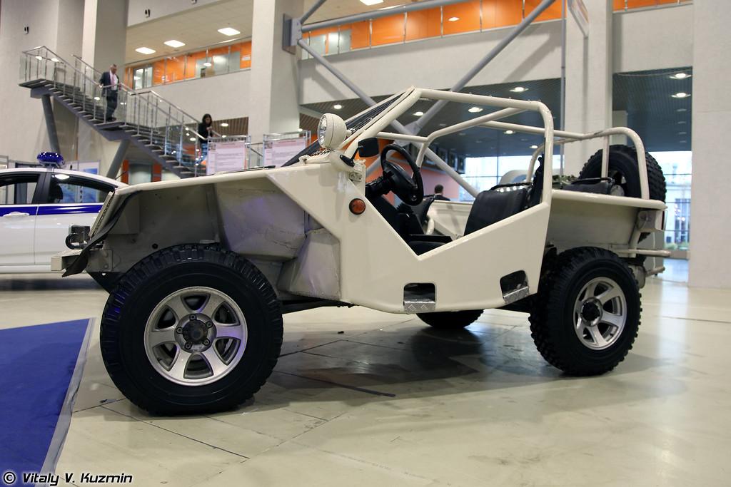 Высокомобильное колесное транспортное средство Охотник (Light tactical vehicle Okhotnik)
