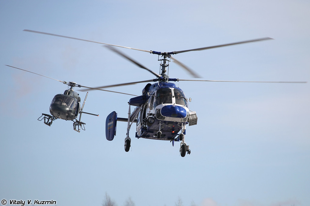 Ка-226 и AS355N Ecureuil 2 (Ka-226 and AS355N Ecureul 2 helicopters)