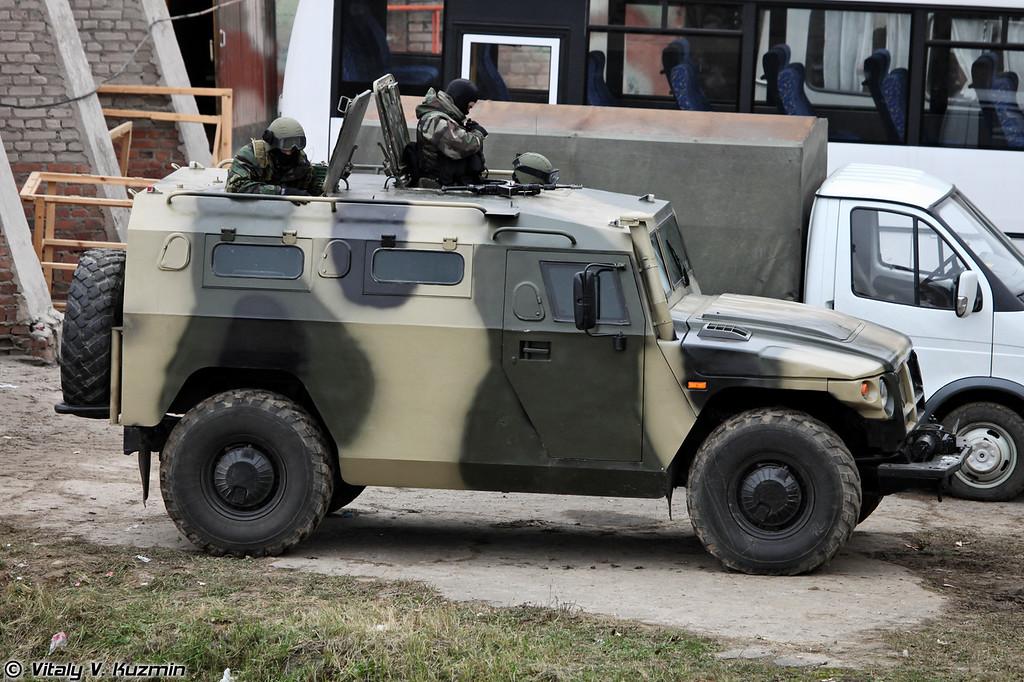 Специальная полицейская машина ГАЗ-233034 СПМ-1 (Special police armored vehicle GAZ-233034 SPM-1)