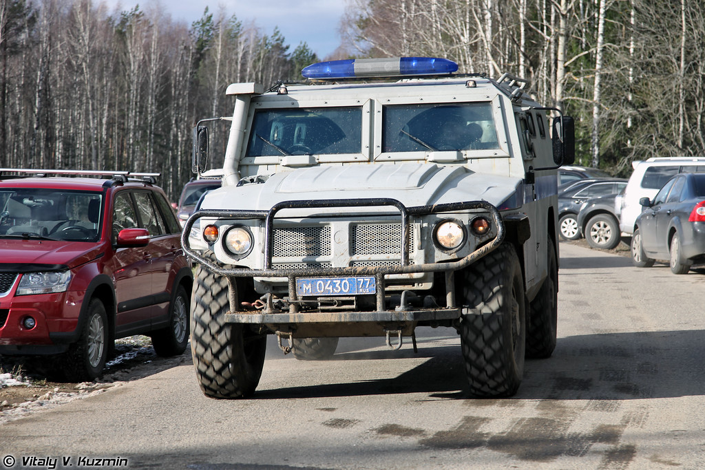 Специальная полицейская машина ГАЗ-233036 СПМ-2 (Special police armored vehicle GAZ-233036 SPM-2)