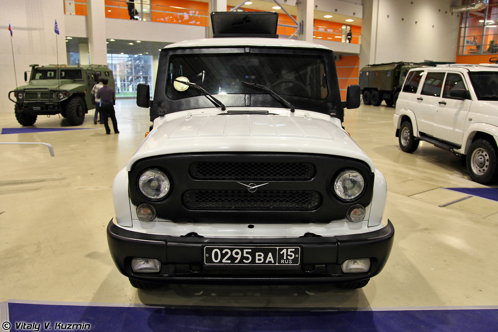 УАЗ-294551 Есаул на базе УАЗ-315195 (UAZ-294551 Esaul on UAZ-315195 base)
