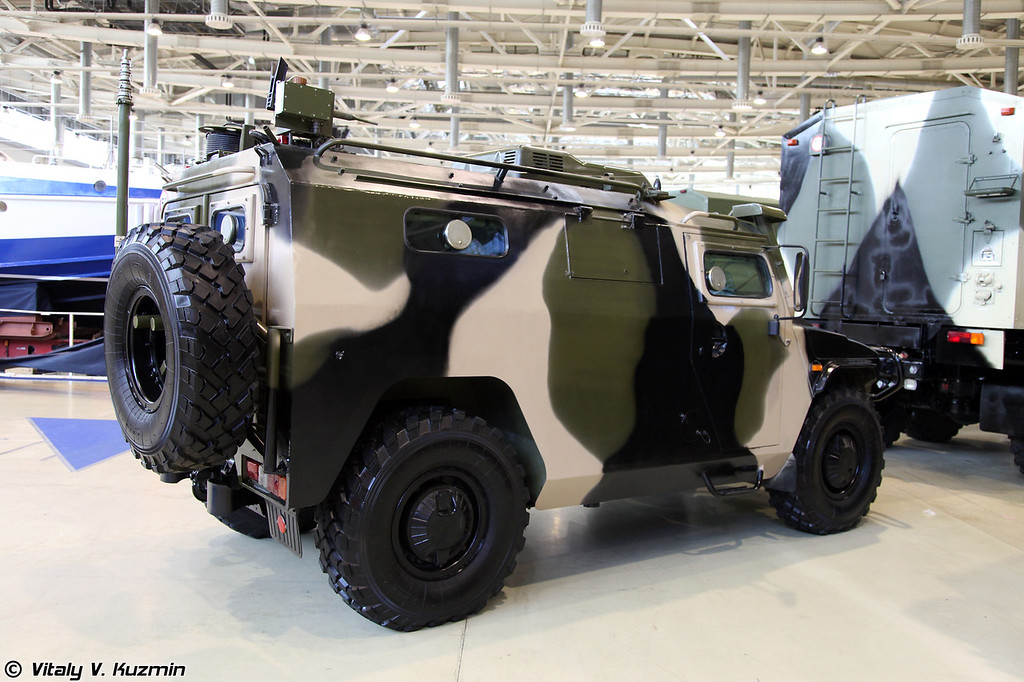 Командно-штабная машина Р-145БМА (Command vehicle R-145BMA)
