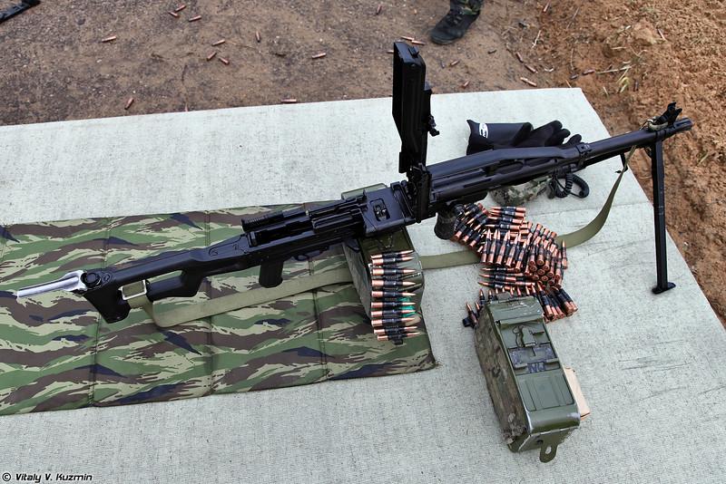 ПКП Печенег (PKP Pecheneg machine gun)