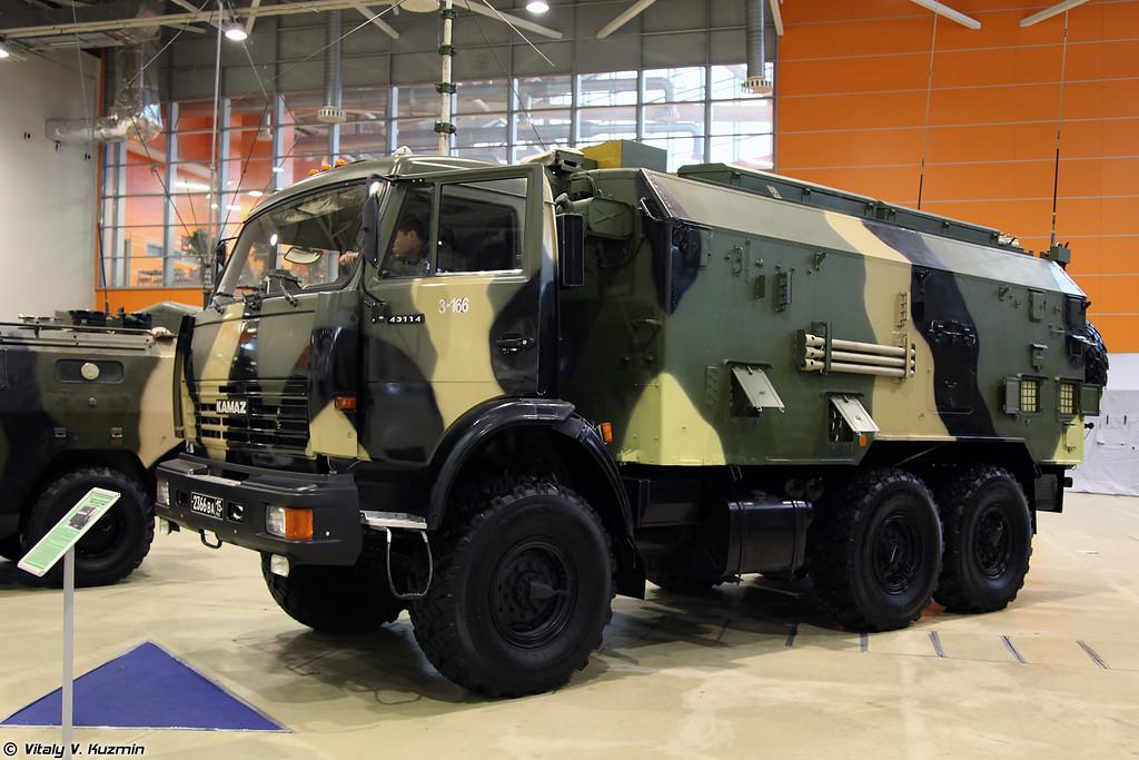 Автомобильная радиостанция Р-166МНА (Signal vehicle R-166MNA)