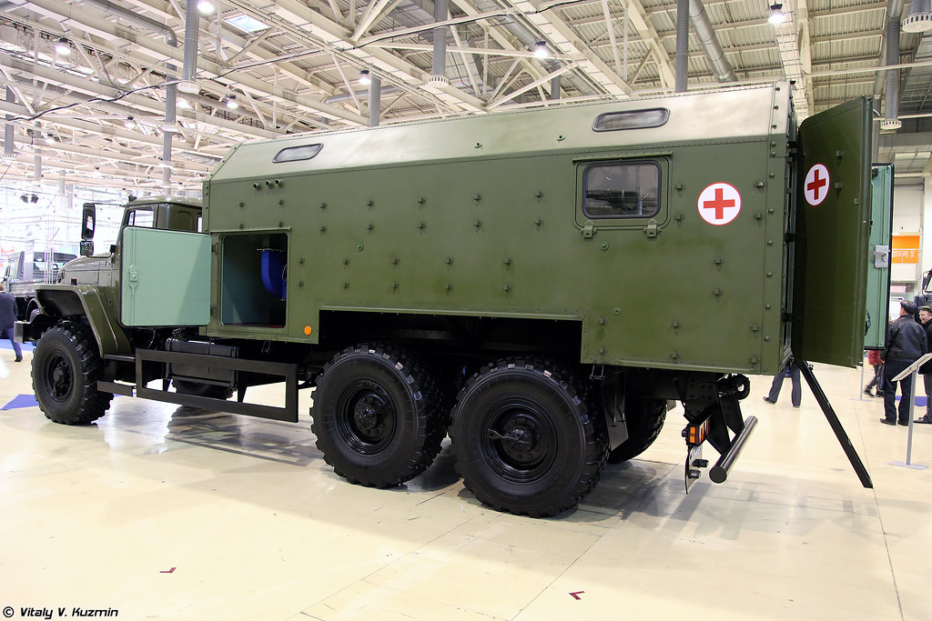 Установка дезинфекционно-душевая ДДУ-1 (DDU-1 desinfection shower vehicle)