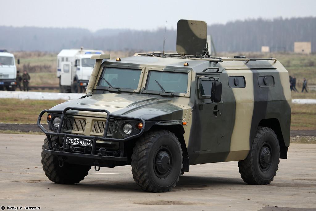ГАЗ-233036 СПМ-2 (GAZ-233036 SPM-2 armored vehicle)