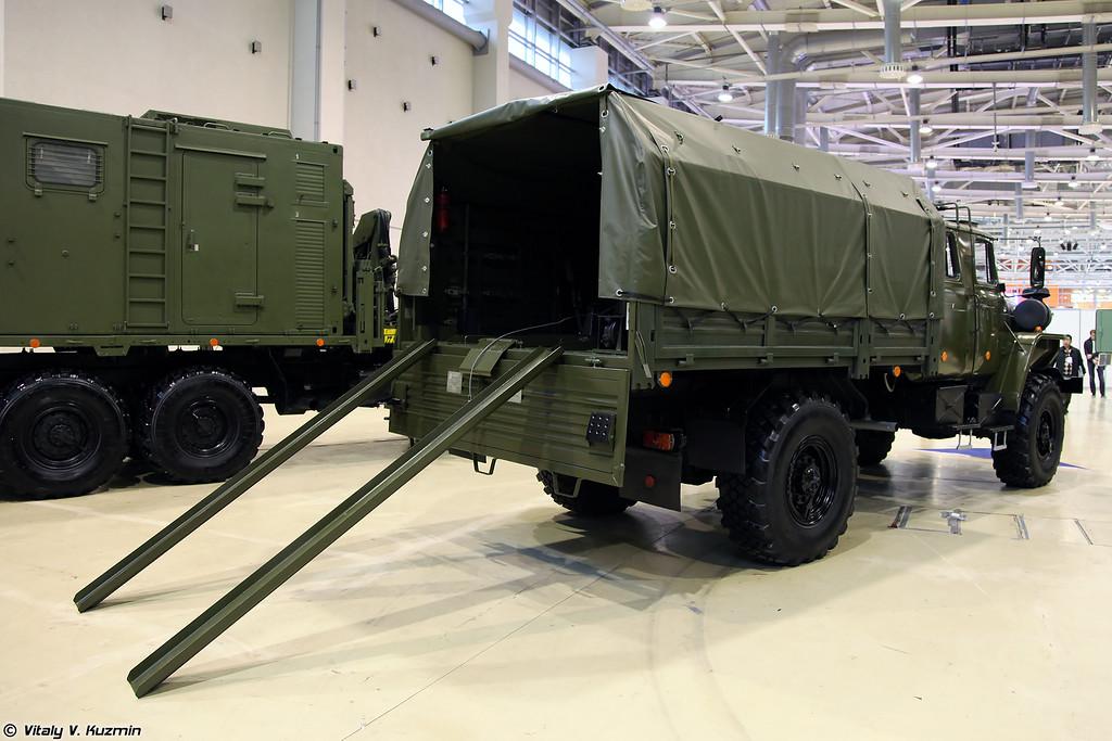 Транспортная машина 2Ф510 Урал-43206-0651 для миномета 2С12 (Transport vehicle 2F510 Ural-43206-0651 for 2S12 Sani mortar)