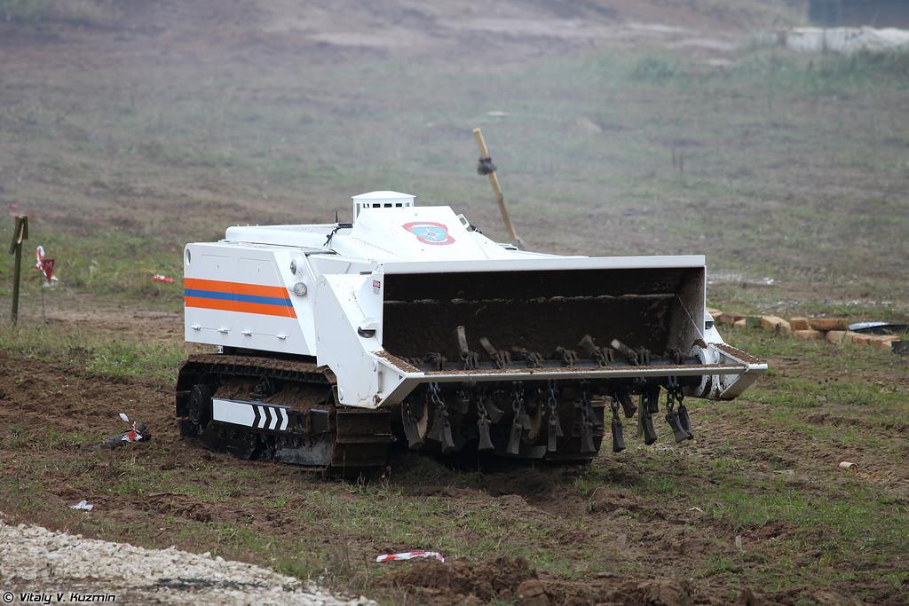 Многофункциональный механический комплекс по разминированию противопехотных мин DOK-ING MV-4 (MV-4 mine clearance system)