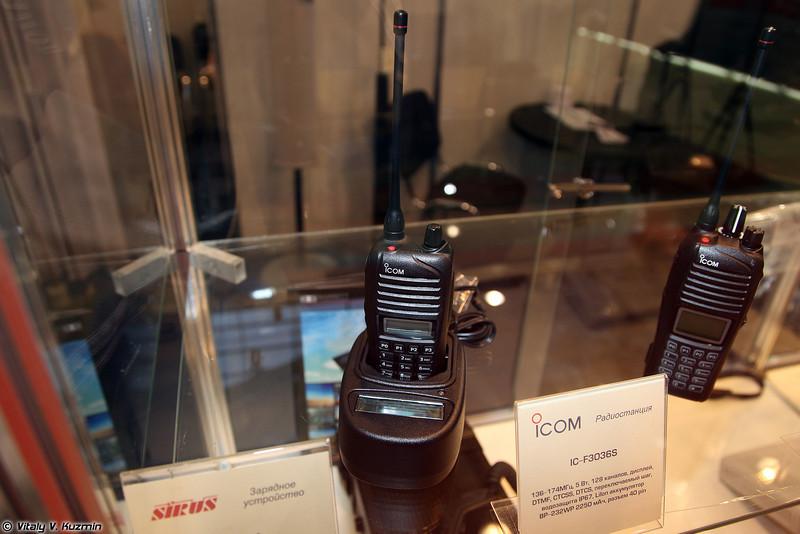 Радиостанция IC-3036S