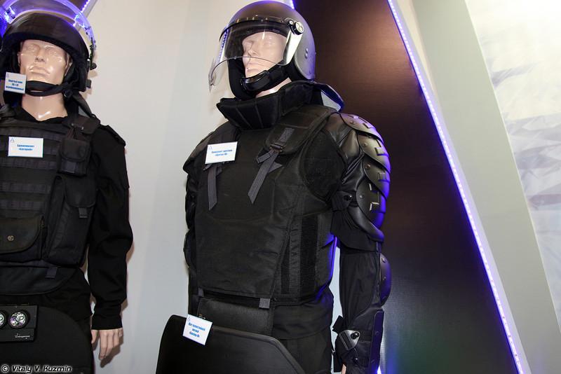 Комплект щитков Щиток-М (Schitok-M anit riot protective kit)