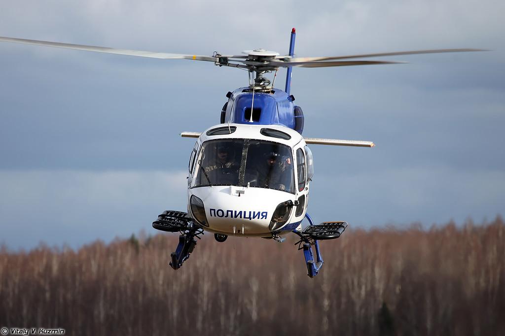 Вертолет AS355N Ecureuil 2 АОСН Ястреб ЦСН СР МВД России (AS355N Ecureil 2 from Special Purpose Aviation Detachment Yastreb/Falcon of Special Purpose Center of Ministry of Internal Affairs)