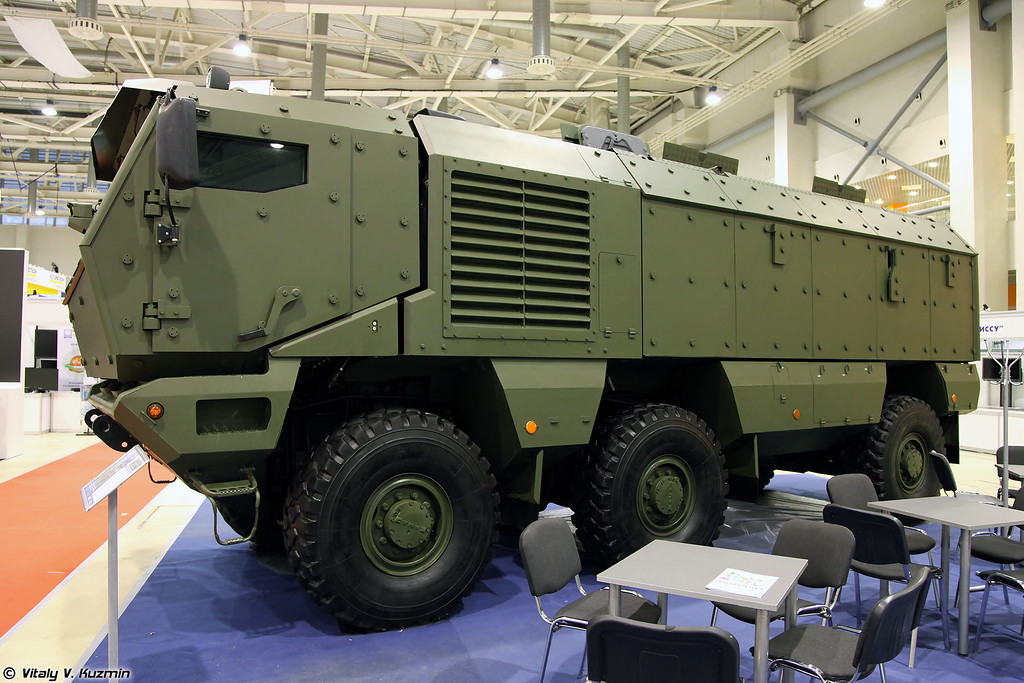 Бронеавтомобиль КАМАЗ-63968 Тайфун (KAMAZ-63968 Typhoon MRAP vehicle)