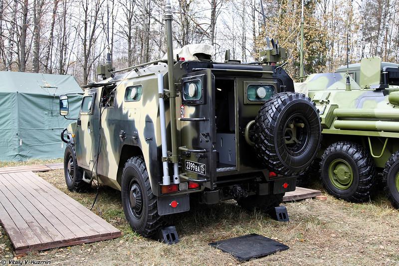 Командно-штабная машина Р-145БМА (Command vehicle R-145BMA)