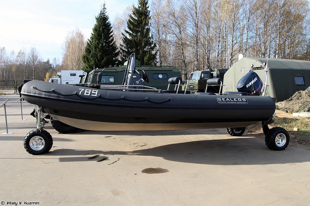 Противодиверсионный катер Sealegs (Sealegs boat)