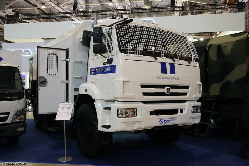 Автомобиль для транспортировки нарядов полиции АТНП-5350 (ATNP-5350 police van)