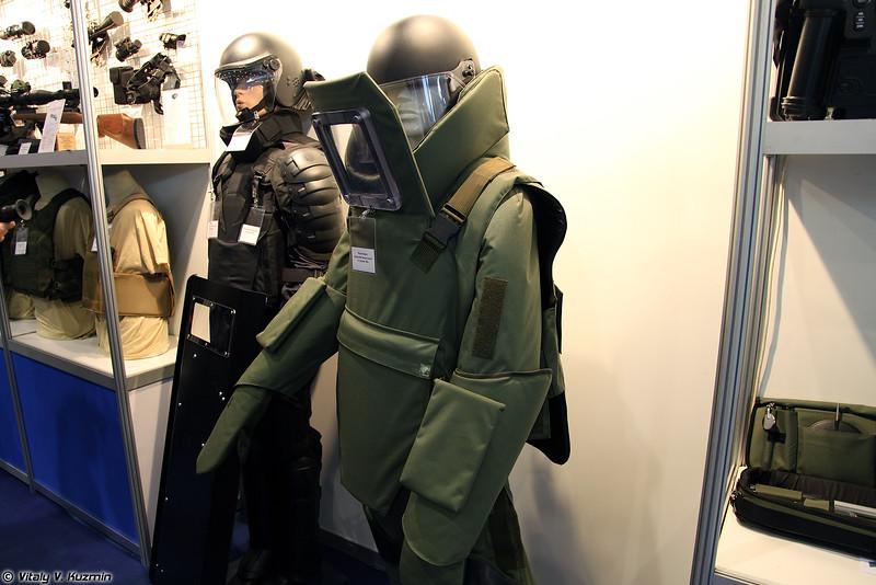 Комплекс взрывозащитный Гранат-В (Granat-V EOD suit)