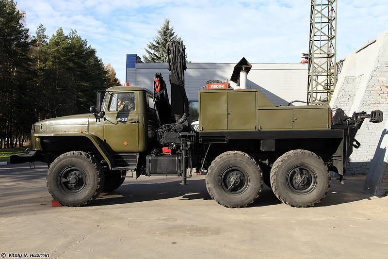 Машина технической помощи МТП-А2.1 на шасси Урал-4320 (Technical assistance vehicle MTP-A2.1 on Ural-4320 chassis)