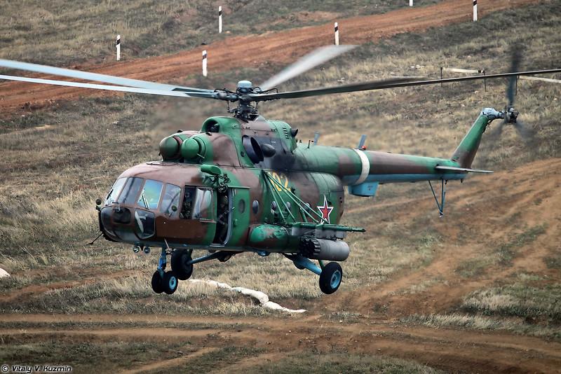 Высадка воздушно-поисковой штурмовой группы с вертолета Ми-8МТ (Landing of assault group from Mi-8MT)