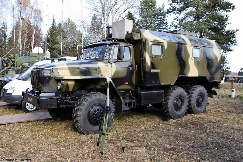 Аппаратная расчетно-аналитической группы полевого пункта управления РХБЗ (NBC reconnaissance command post)