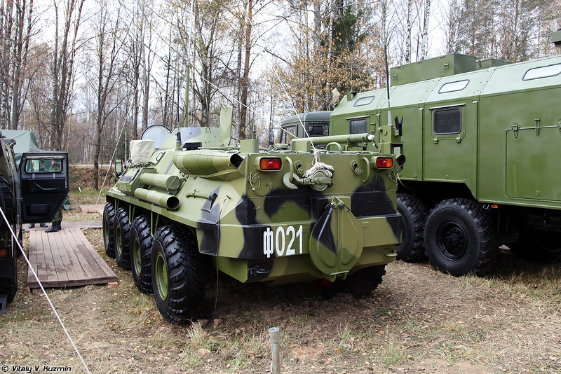 Командно-штабная машина Р-145БМ1 (Command vehicle R-145BM1)
