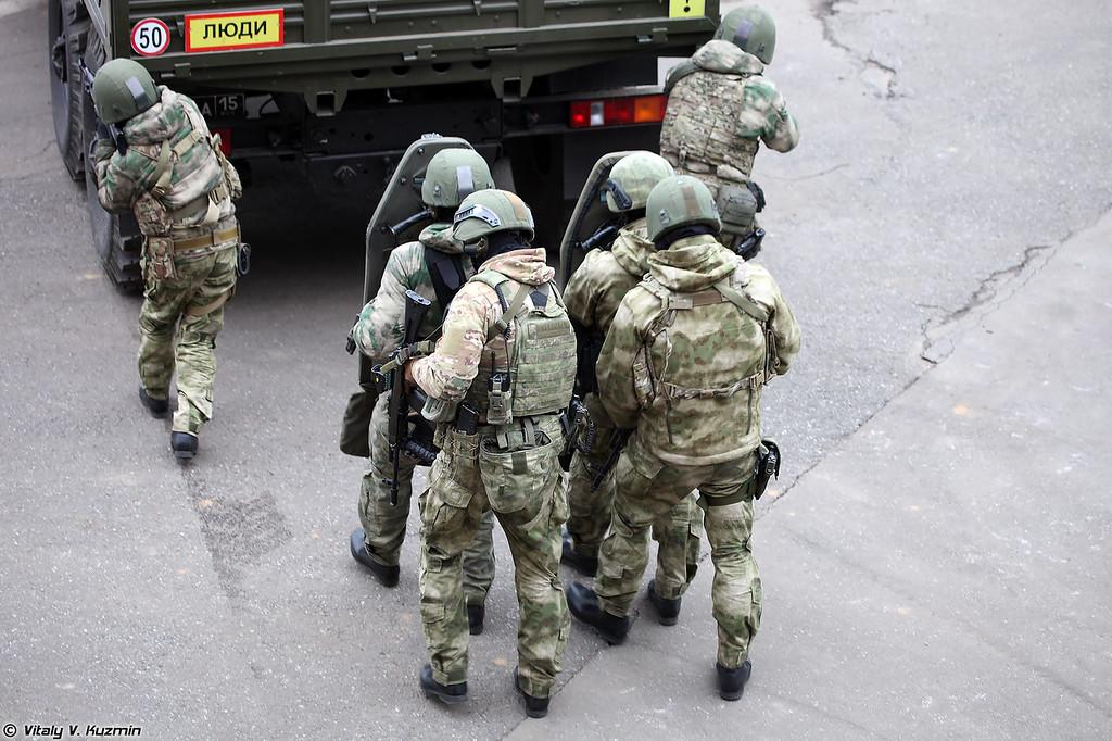 https://photos.smugmug.com/Military/Interpolitex-2016-Demo-part1/i-4fXnRpj/0/XL/Interpolitex2016part1-36-XL.jpg
