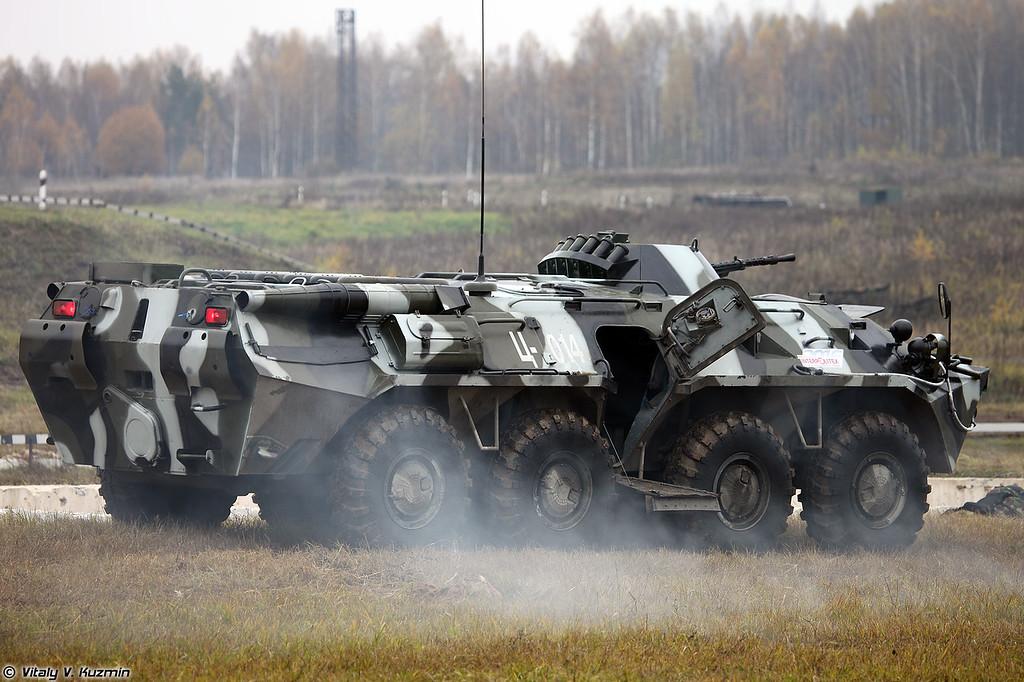 Бронетранспортер БТР-80 (BTR-80 armored personnel carrier)