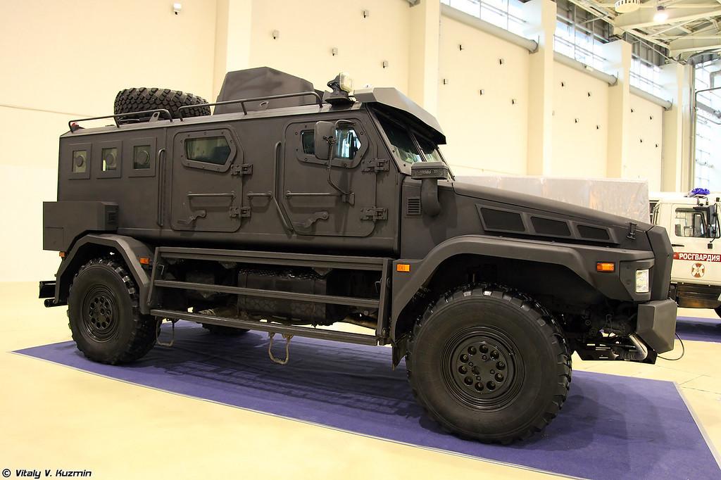 Бронеавтомобиль Патруль-А на шасси КАМАЗ-43502-45 (Patrul-A armored vehicle on KAMAZ-43502-45 chassis)