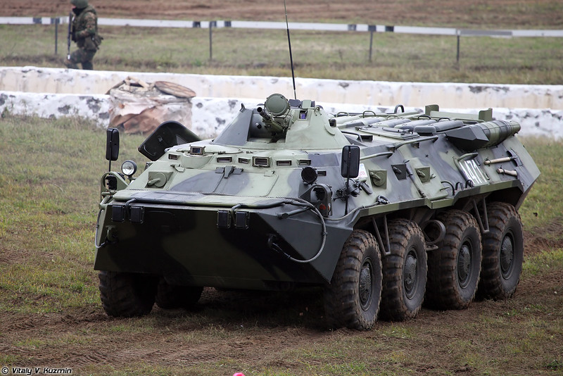 Бронетранспортер БТР-80 (BTR-80 armored personnel carrier)