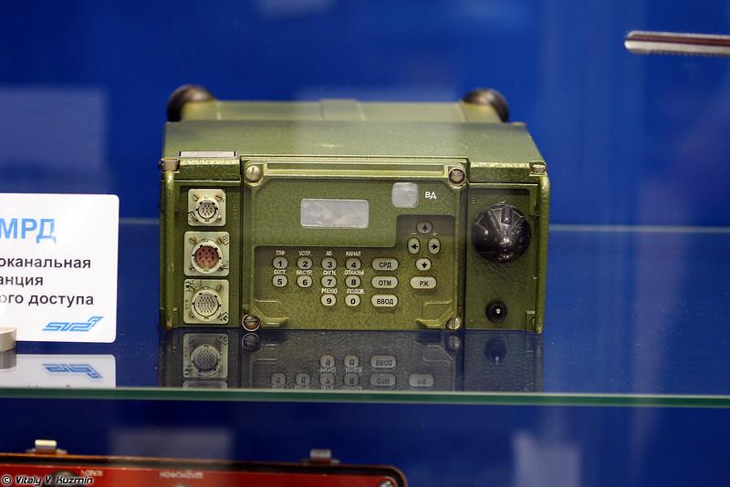 Радиостанция Р-168МРД (R-168MRD radio)