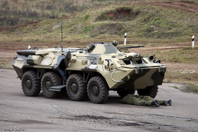 Военнослужащие 604-го ЦСН Витязь Росгвардии показали приемы рукопашного боя (Operators from 604th Special Purpose Center Vityaz of National Guard Troops showed hand-to-hand combat skills)