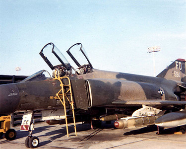 FO 435th squadron centerline rach with MK 82 dosen't remember what is on the wing pylons.