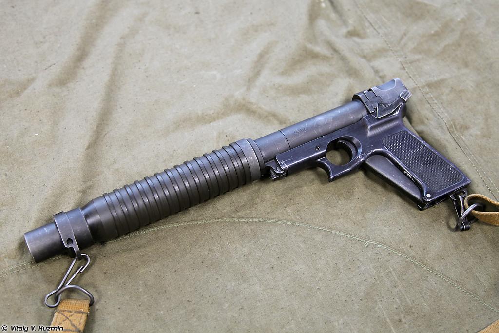 Пистолет специальный Туляк, вид слева (Tulyak special pistol, left view)