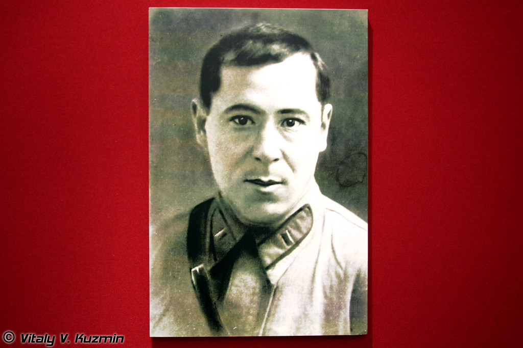 Муса Джалиль (Famous tatar poet Musa Dzhalil)