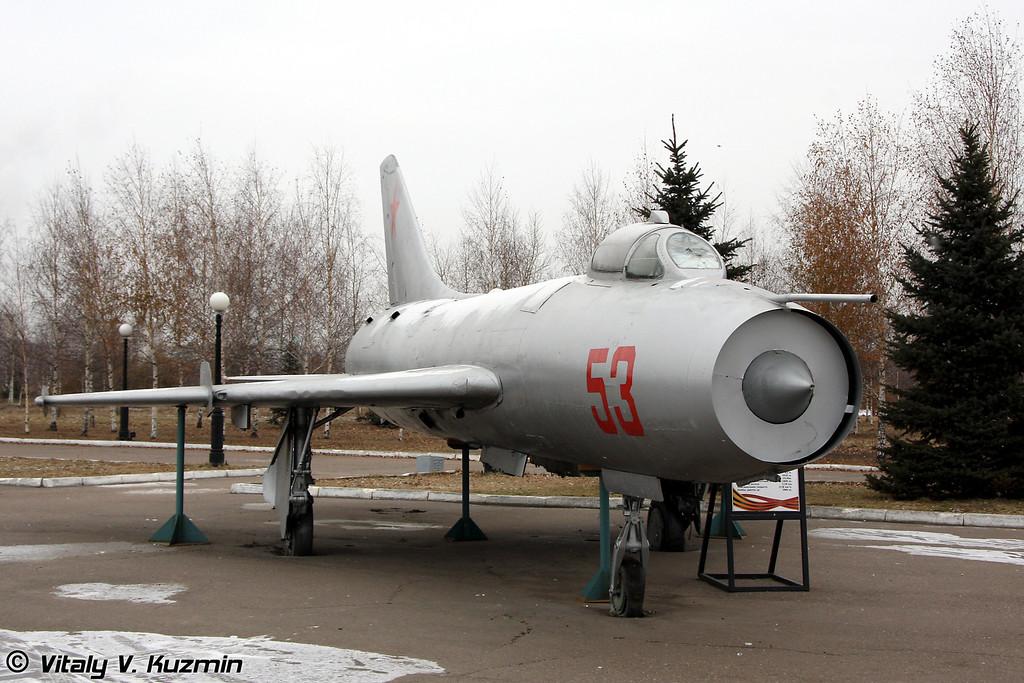 Су-7Б (Su-7B)