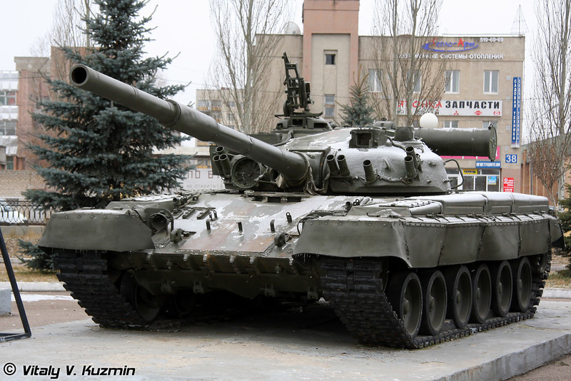 Танк Т-80Б (T-80B main battle tank)