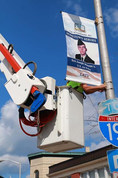 Leominster hangs veterans banners