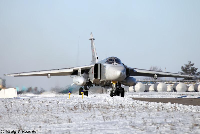 Су-24М регистрация RF-92249, бортовой номер 47 Красный (Su-24M RF-92249, 47 Red)