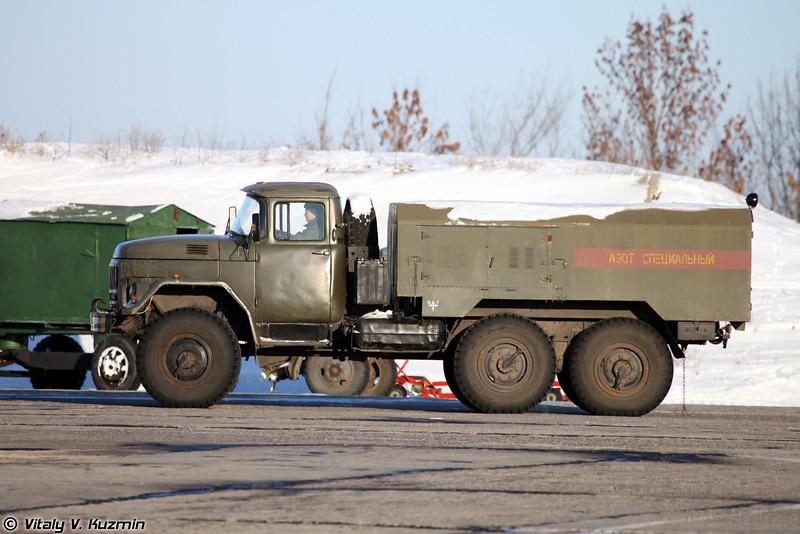Универсальная газозарядная станция УГЗС.М-А-131 (Nitrogen vehicle UGZS.M-A-131)