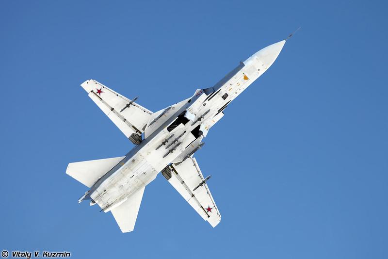 Су-24М регистрация RF-92246, бортовой номер 41 Красный (Su-24M RF-92246, 41 Red)