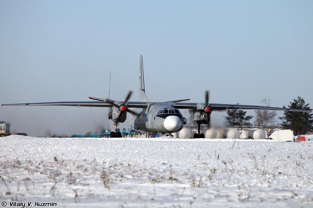 Ан-26 регистрация RF-92949, бортовой номер 58 Красный (An-26 RF-92949, 58 Red)