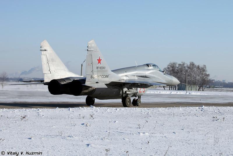 МиГ-29С регистрация RF-92262, бортовой номер 29 Красный (MiG-29S RF-92262, 29 Red)