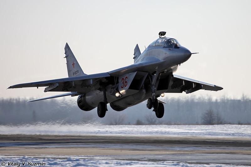МиГ-29УБ регистрация RF-92270, бортовой номер 36 Красный (MiG-29UB RF-92270, 36 Red)