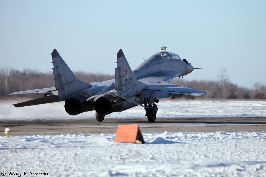МиГ-29УБ регистрация RF-92265, бортовой номер 34 Красный (MiG-29UB RF-92265, 34 Red)